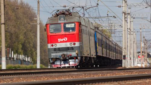 Самый долгий поезд в россии. Поезда дальнего следования под электровозами